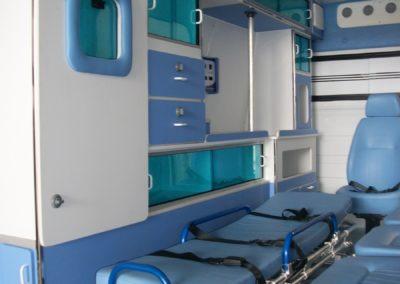 Ambulância UTI - Tecform Transformação Veicular